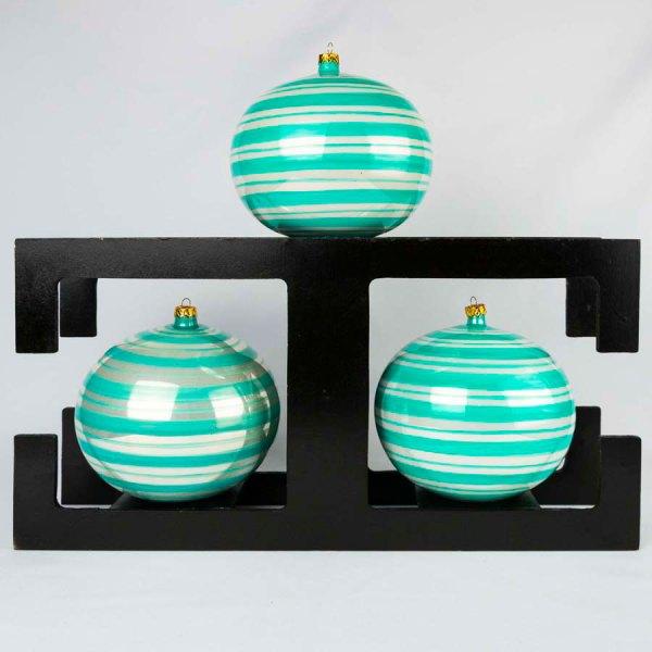 hand-made-blown-glass-christmas-balls-ornaments-031