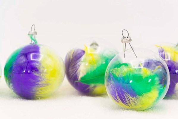 hand-blown-christmas-glass-balls-ornaments-009