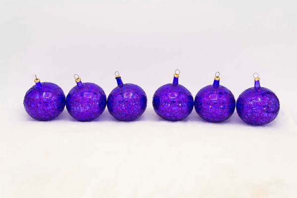 hand-blown-christmas-glass-balls-ornaments-035
