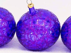 hand-blown-christmas-glass-balls-ornaments-036