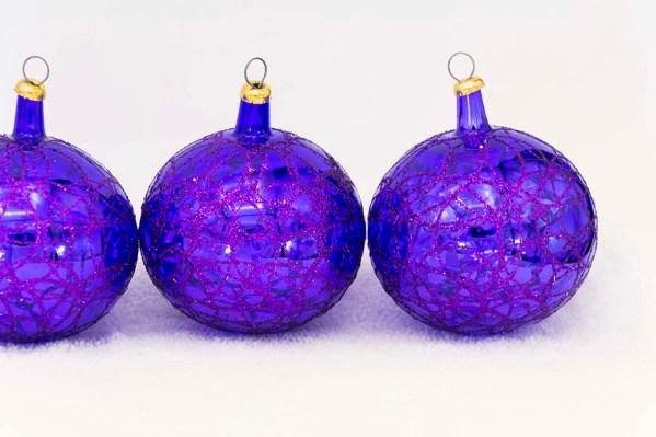 hand-blown-christmas-glass-balls-ornaments-037