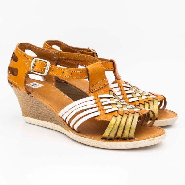 amantli-handmade-mexican-huarache-sandal-shoe-medium-sole-erika-honey-pair-view-044