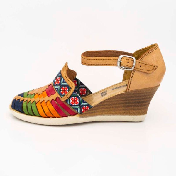 amantli-handmade-mexican-sandal-shoe-medium-sole-lupe-honey-outer-view-036
