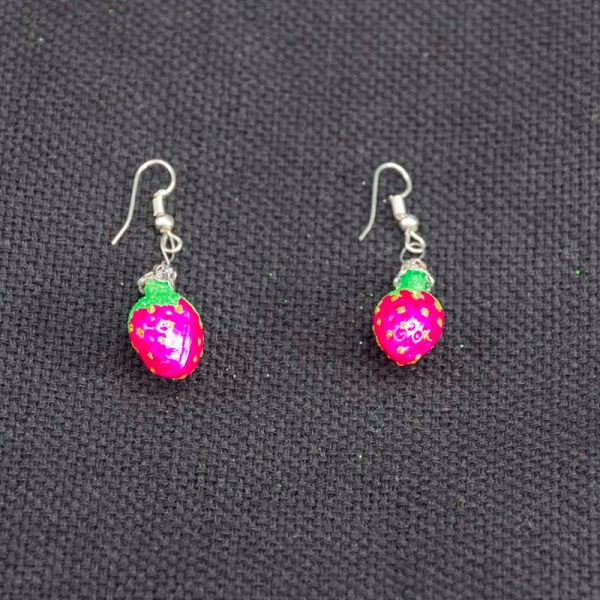 strawberry-hand-blown-glass-pink-earrings-026
