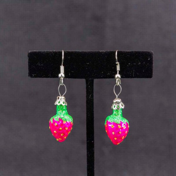 strawberry-hand-blown-glass-pink-earrings-028