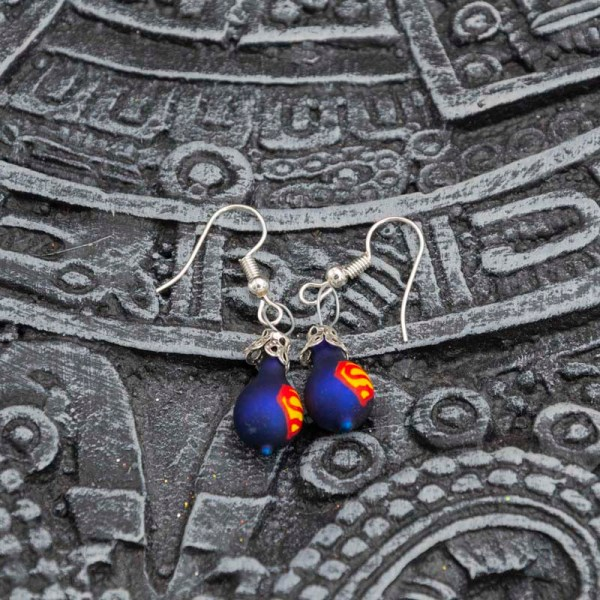 superman-hand-blown-glass-blue-earrings-002