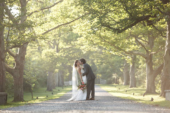 New Hope Amaranth Wedding Florist Photography by Smirnov Weddings - http://www.smirnovweddings.com/