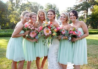 Pale Green Bridesmaids and pink bouquet, Wedding Flowers