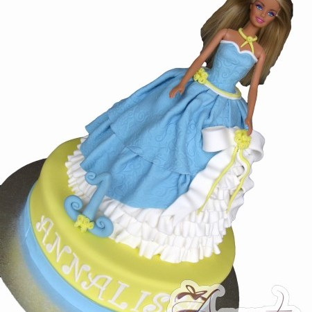 Princess Barbie on base cake- NC424