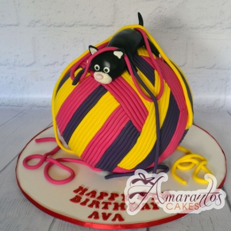 3D Ball of Wool with Kitten Cake - Amarantos Custom Made Cakes Melbourne