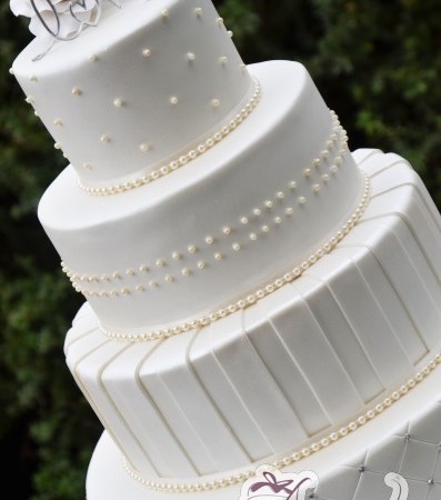 Four Tier Round Cake - WC119 - Wedding Cakes Melbourne