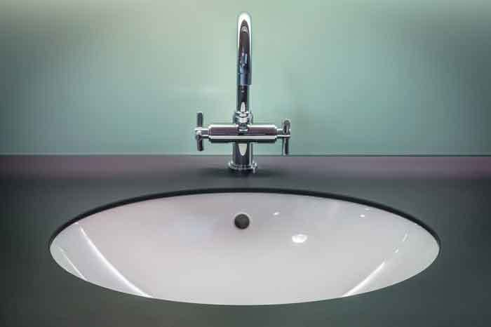 sink gurgles when washing machine