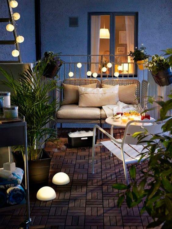 ideas para decorar balcones pequeños con luces