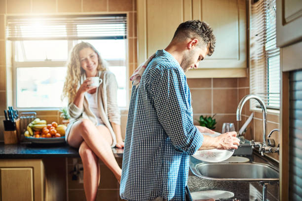 Men had to wash dishes because of COVID-19
