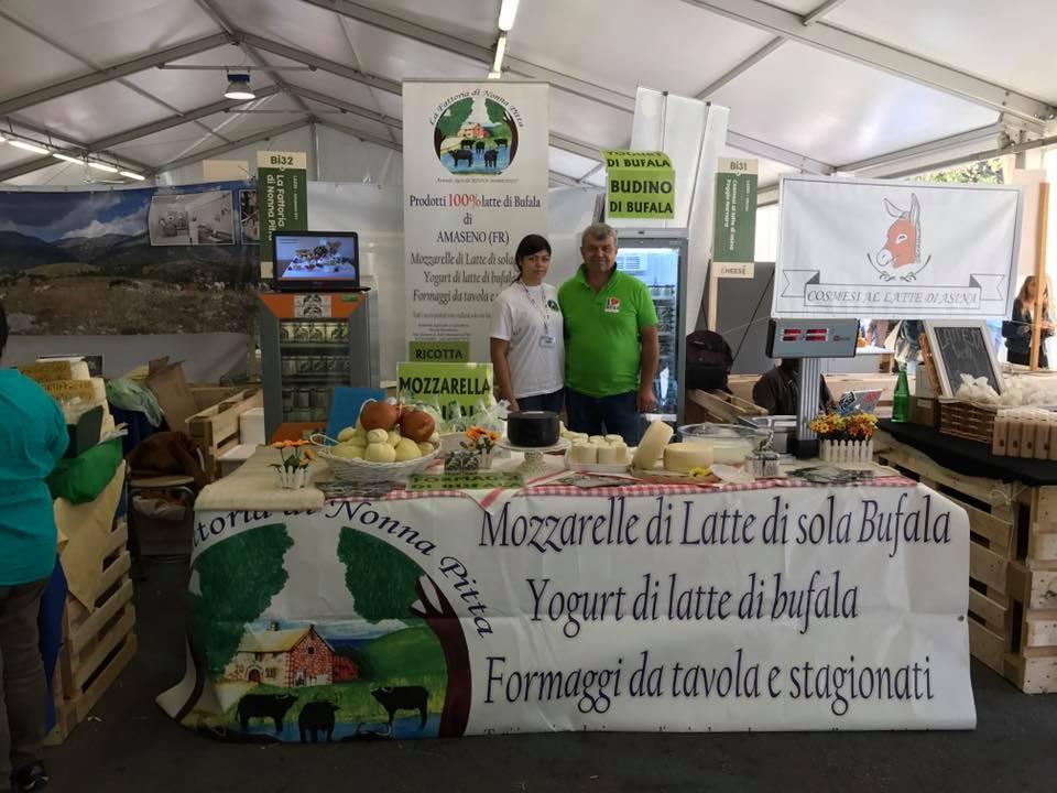 La Fattoria di Nonna Pitta, la mozzarella di bufala di Amaseno trionfa al Cheese 2017