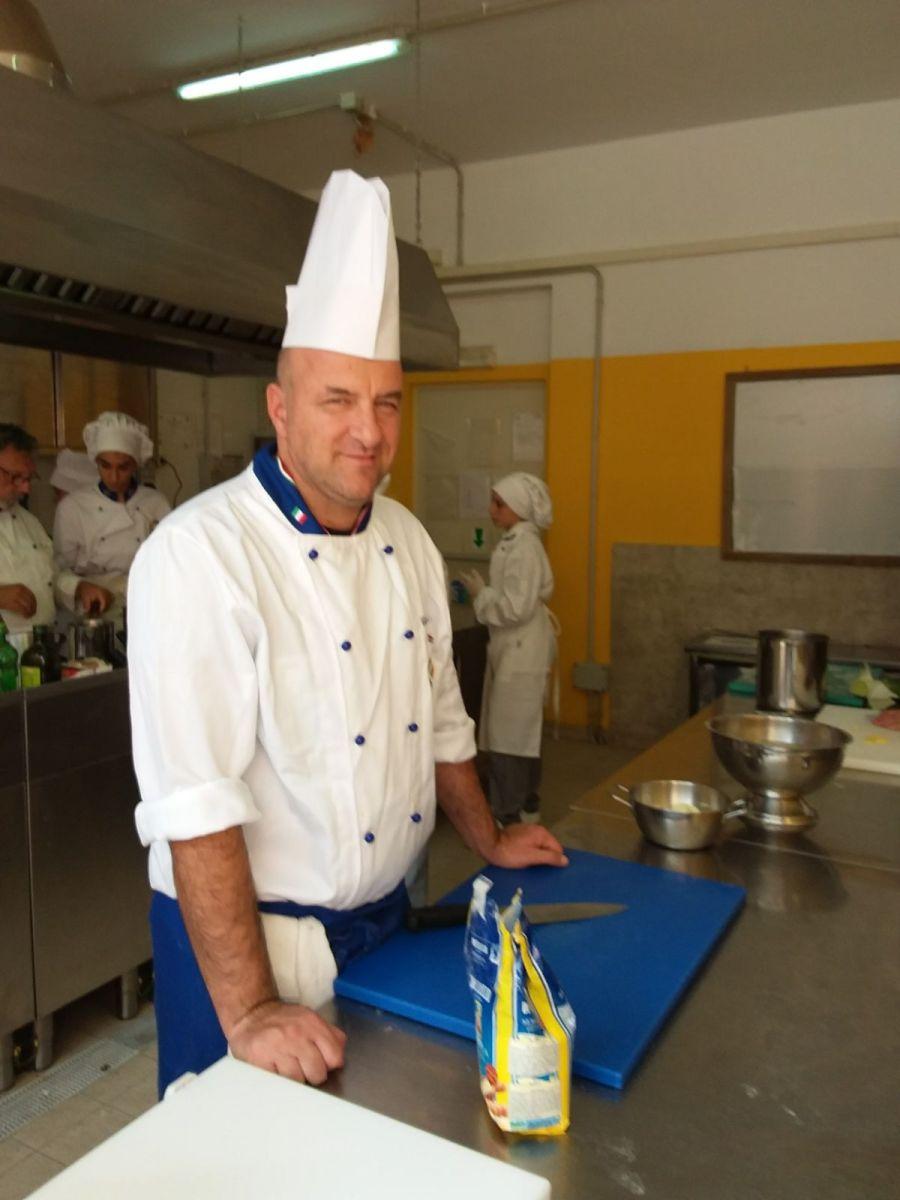 ... al via il nuovo anno scolastico: aprono le cucine dell'alberghiero
