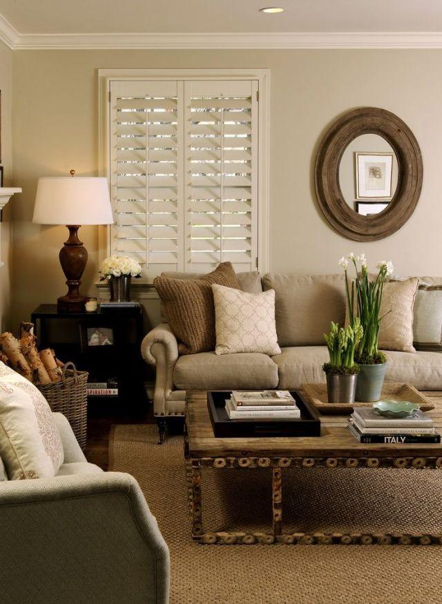 Colori neutri per questo soggiorno in stile rustico su voguehome.org