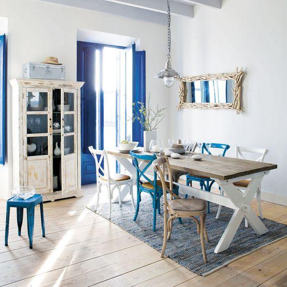 Sala da pranzo in stile coastal