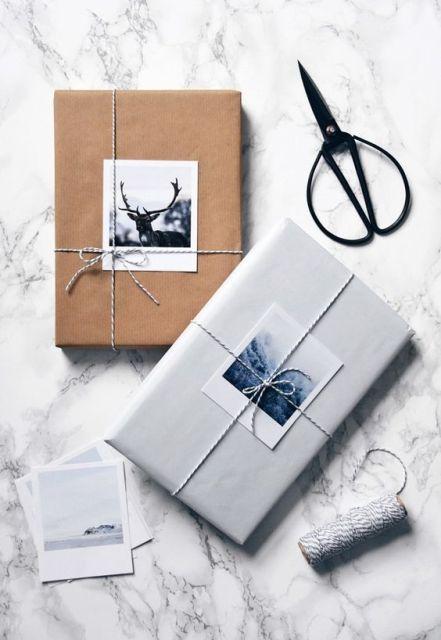 Pacchetti di Natale con polaroid