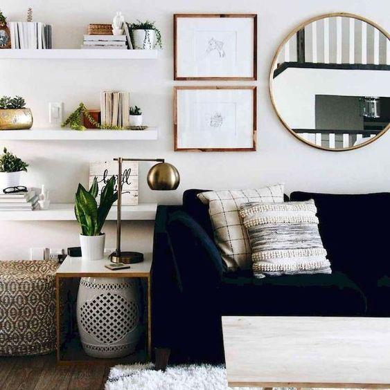 Specchio in soggiorno