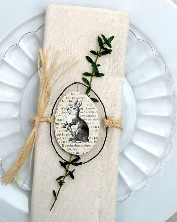 Segnaposto di carta con coniglio per la tavola di Pasqua