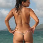MIS FETICHES: AMATEURS ON THE BEACH III