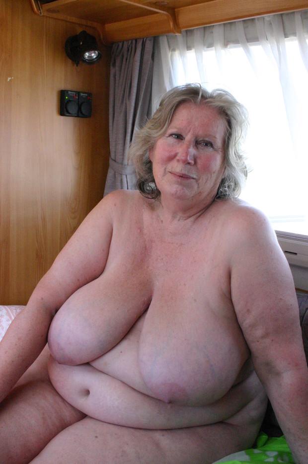 Amateur Mature Wife Big Tits