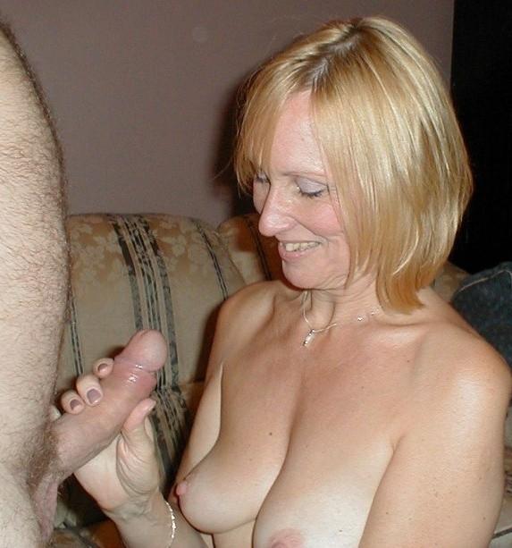 Amateur Mature Wife Handjob