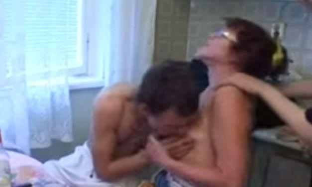 Een echte homemade amateur pornovideo, de buren doen aan partnerruil