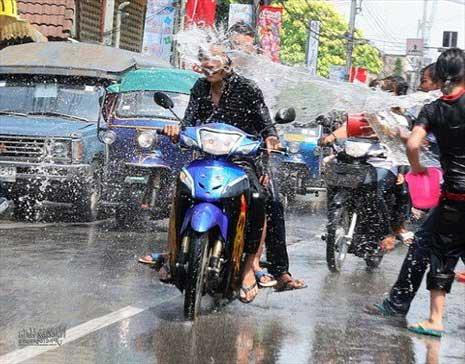 Thai Water festival - attack