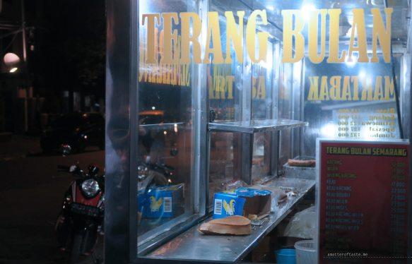 1-terang-bulan-stall-sulawesi