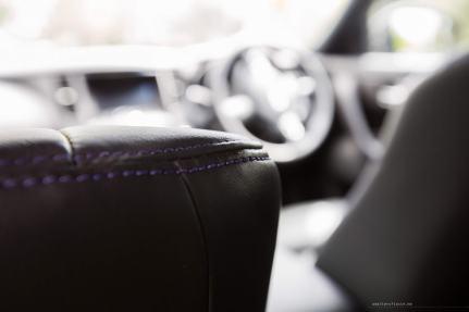 Infiniti-QX70-S-Design-purple-stitching