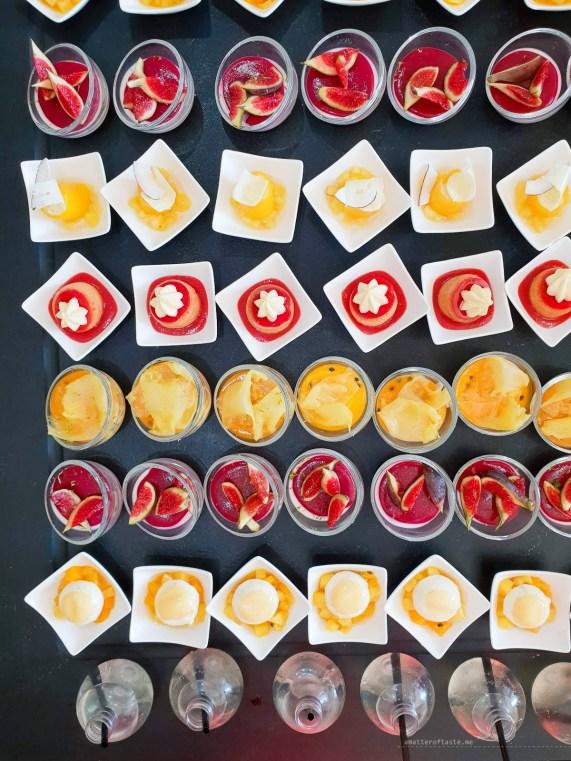 Anniversary brunch InterContinental Marseille cakes