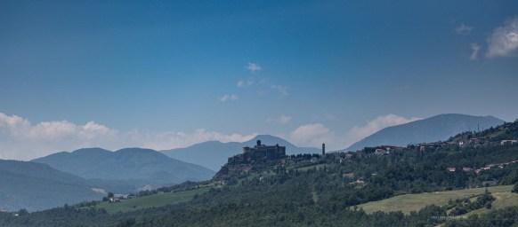 Bardi Castle view