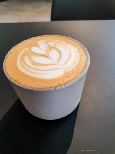Black Poplar - best coffee in Madrid list - flat white