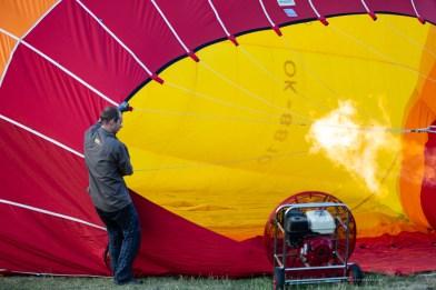 Hot air balloon set up