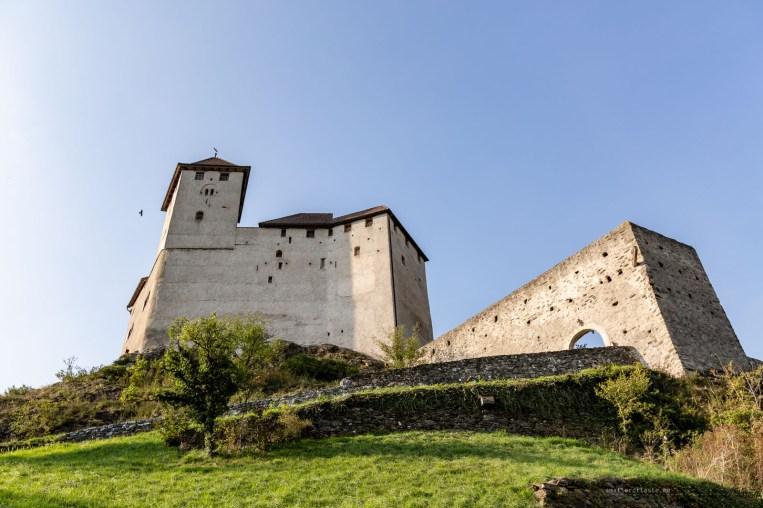 Liechtenstein road trip Balzers castle