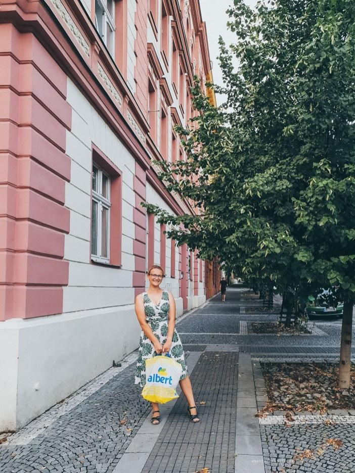 Neighbourhood shopping Prague