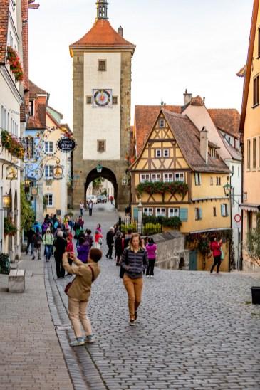 Rothenburg ob der Tauber germany crowds photos