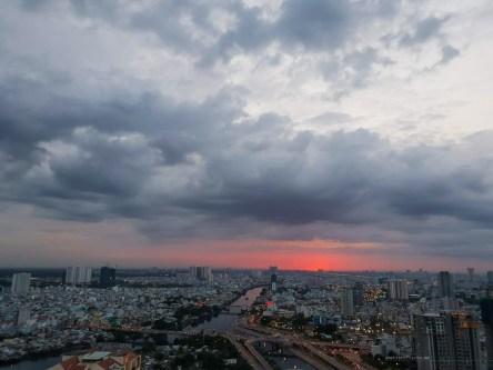 Saigon district 4 storm view