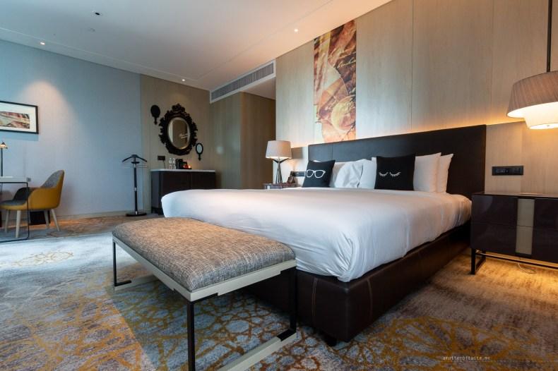 Sofitel Kuala Lumpur Damansara junior suite bed