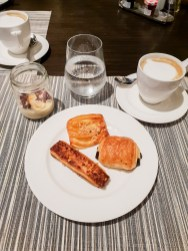 Sofitel Kuala Lumpur Damansara kwee zeen restaurant sweet breakfast