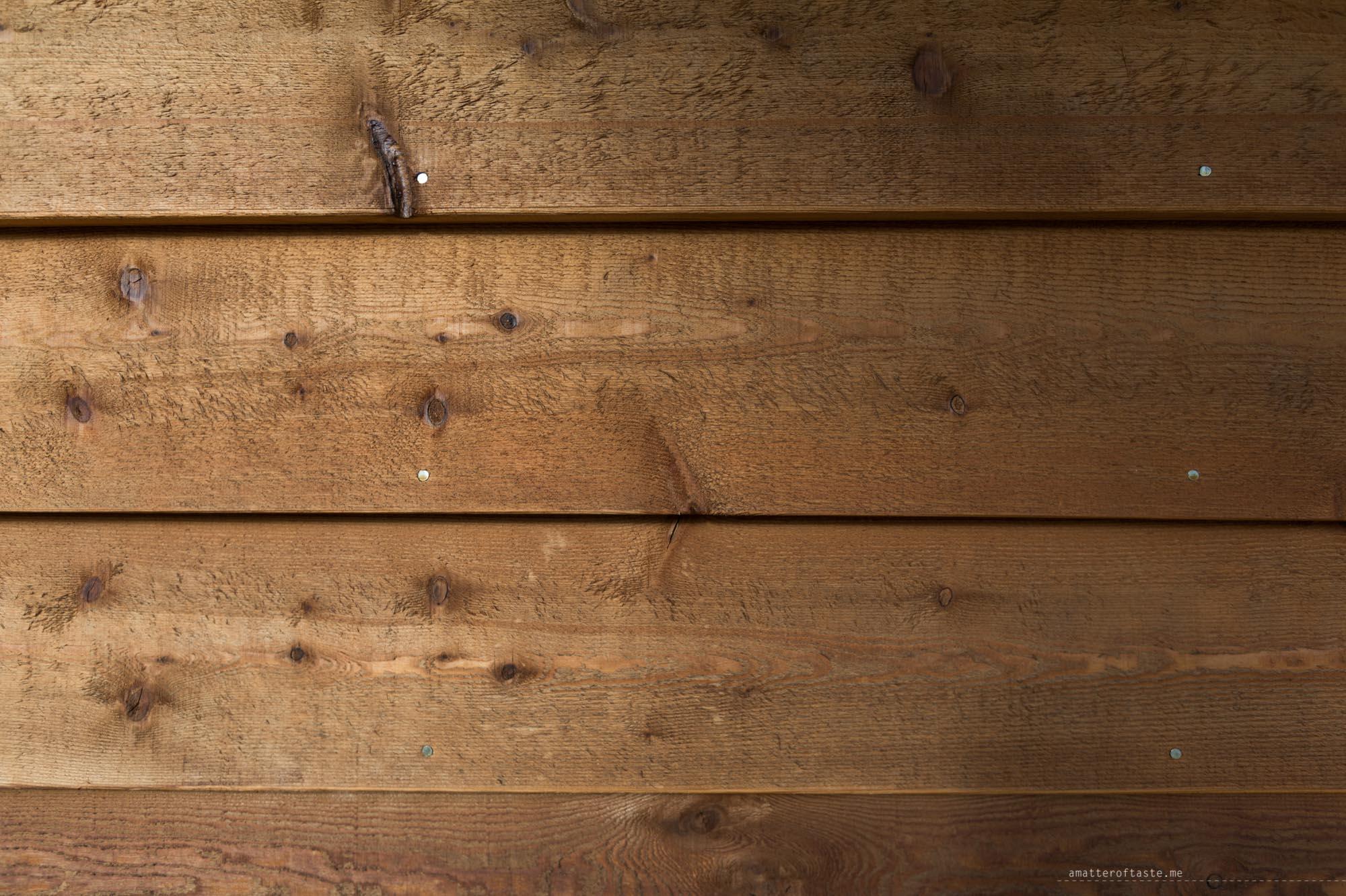big4-bright-wood-detail