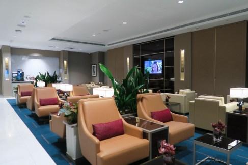 emirates-mel-dxb-business-a380-16