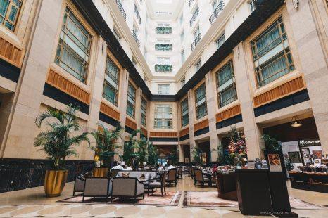 fullerton-hotel-courtyard