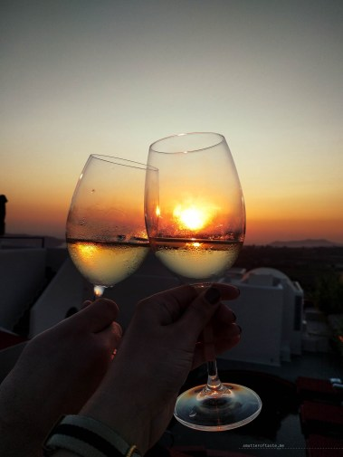 santorini-cheesy-sunset-wine