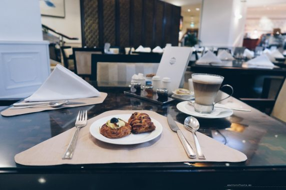 straits-club-breakfast-pastries