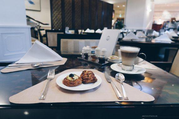 straits-club-breakfast-pastries