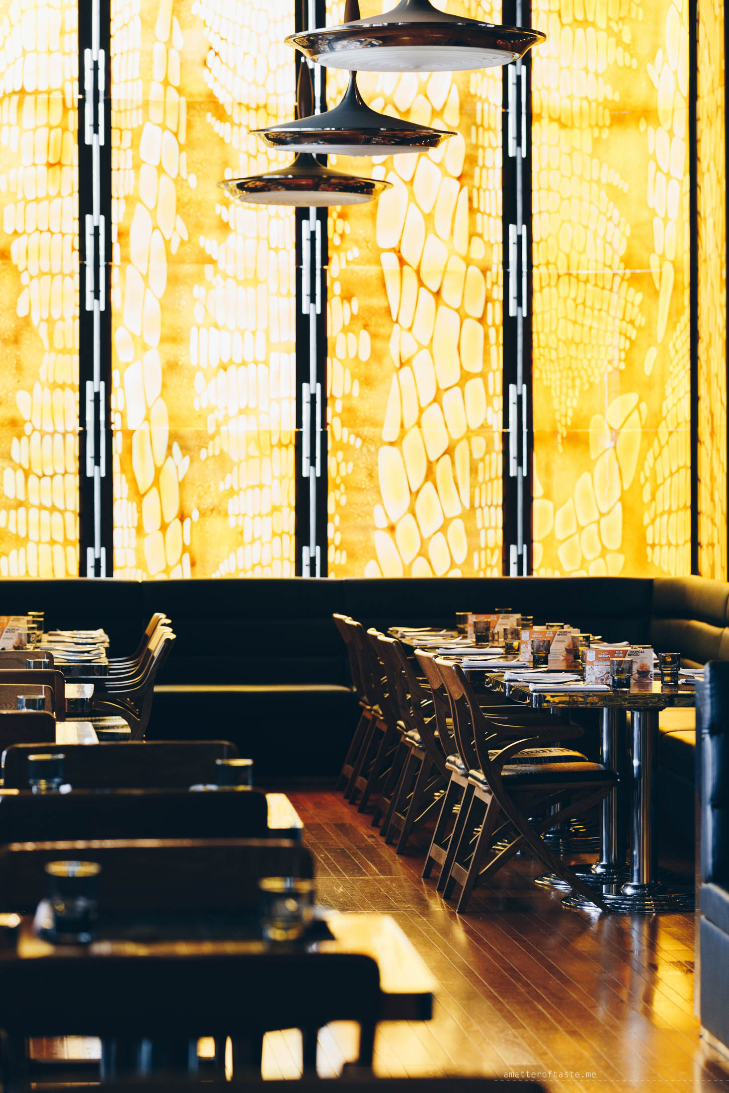 w-hotel-bangkok-08kitchentable