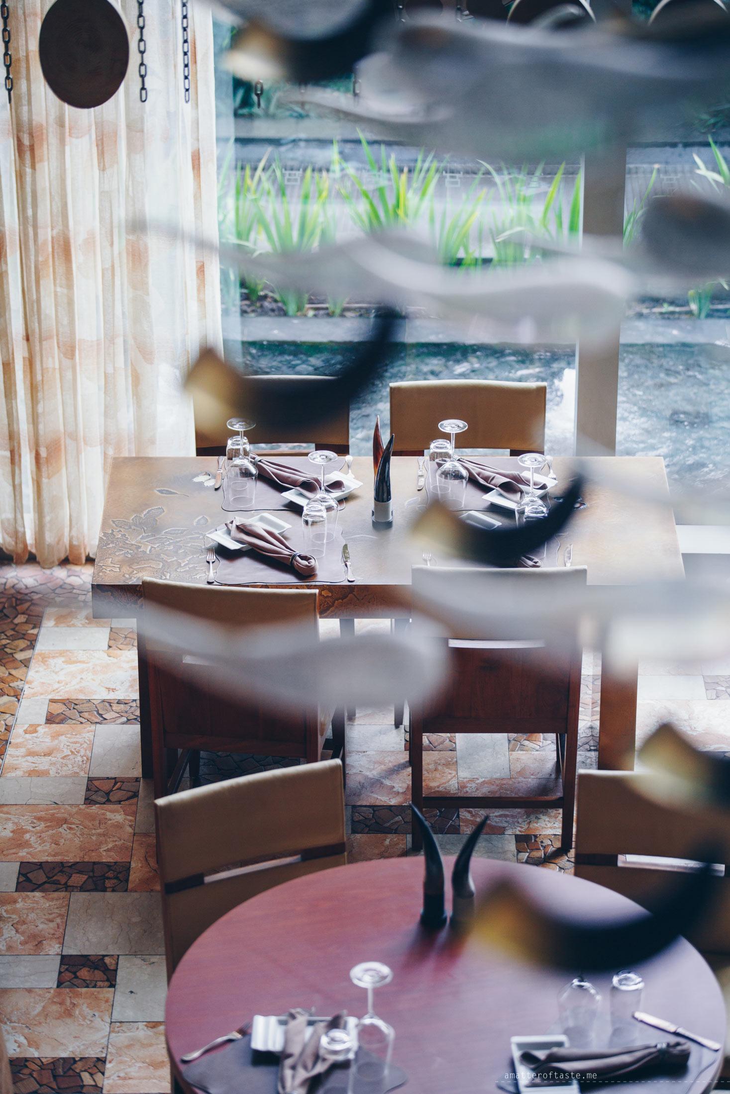 w-singapore-restaurant-detail